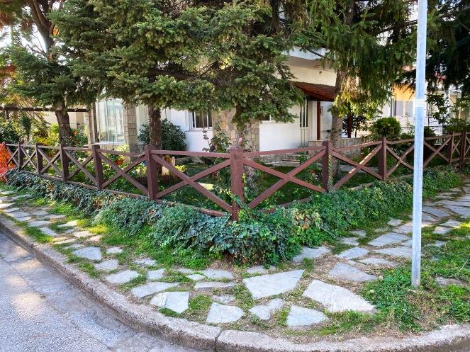 Jardin-bonito-griego